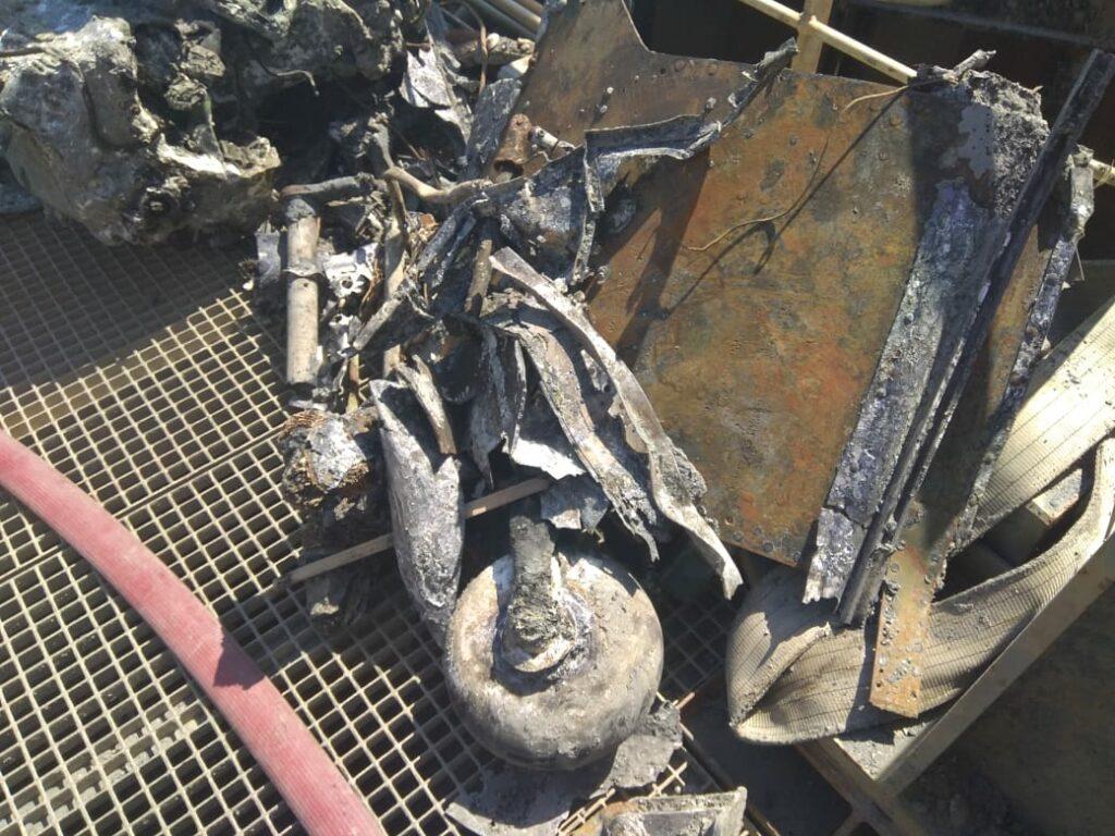Фото № 3. Обломки Ил-2 на борту зс «Кадош»
