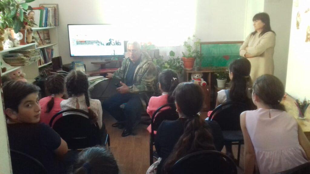 Встреча поисковиков со школьниками